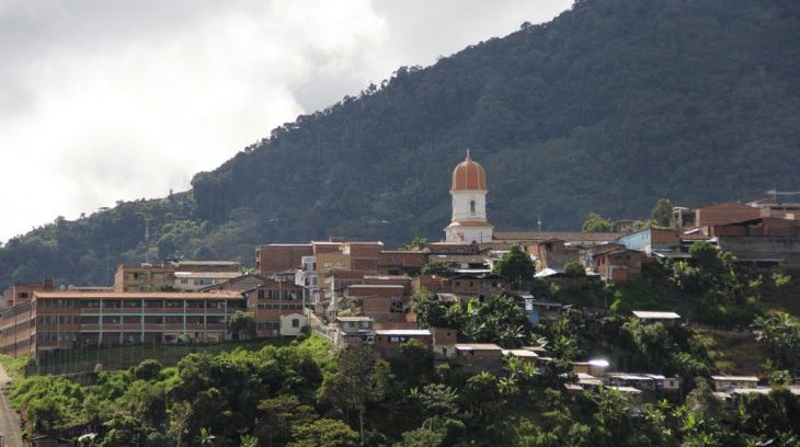 Image for Major humanitarian crisis in Antioquia as thousands forced to leave homes